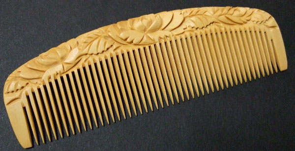 Carved boxwood comb -12cm- Rose -